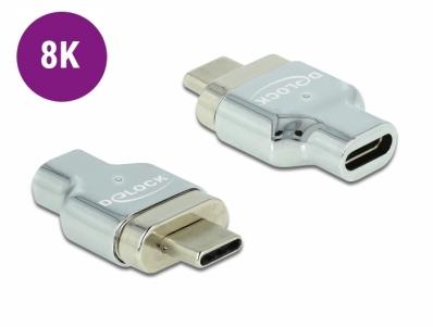 Delock Thunderbolt™ 3 / USB Type-C™ (DP Alt Mode) 8K 30 Hz Magnetic Adapter male to female